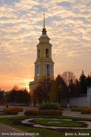 kolokolnya-ng-monastyrya-2-jazikov