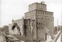 Коломенский кремль на старинных фотографиях