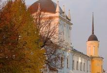 Покровская церковь Ново-Голутвина монастыря